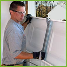 Garage Door Shop Repair Escondido, CA 442-243-9001